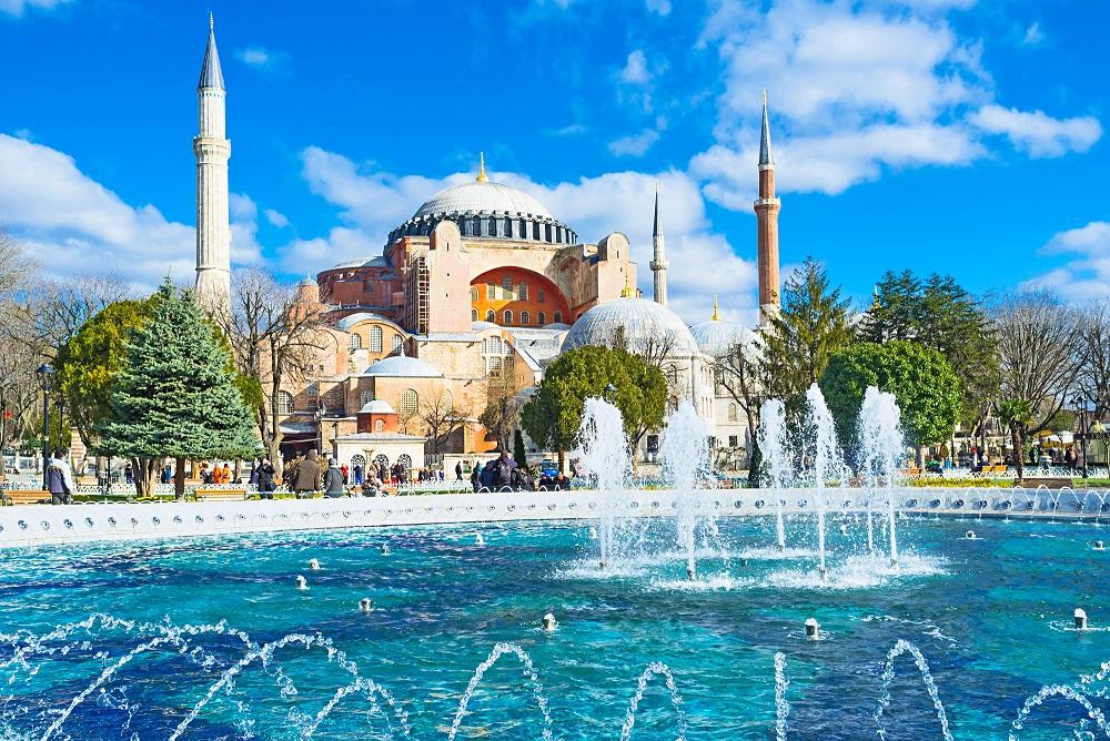 Voyages en Turquie, Séjours, circuits, autotours, Location en Turquie, avec l'Agence de voyages Les Comptoirs du Monde, producteur de voyages en Turquie pour individuels et groupes