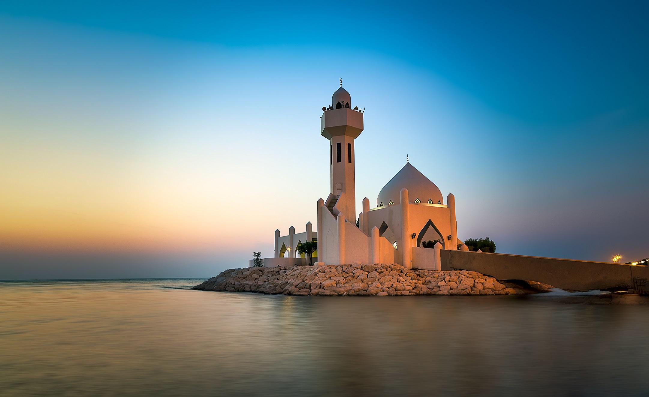 Voyages en Arabie Saoudite, circuits, séjours, autotours. Agence de voyage Les comptoirs du Monde, pour individuels et groupes